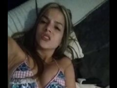 Mulher Gostosa Batendo Siririca no Porno
