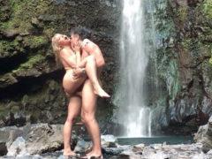 Vídeo Porno na Cachoeira