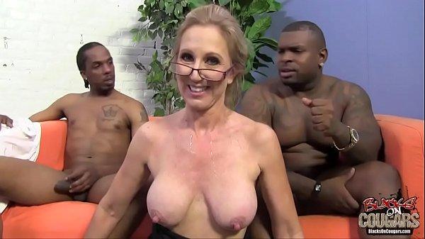 Velha transando em video porno